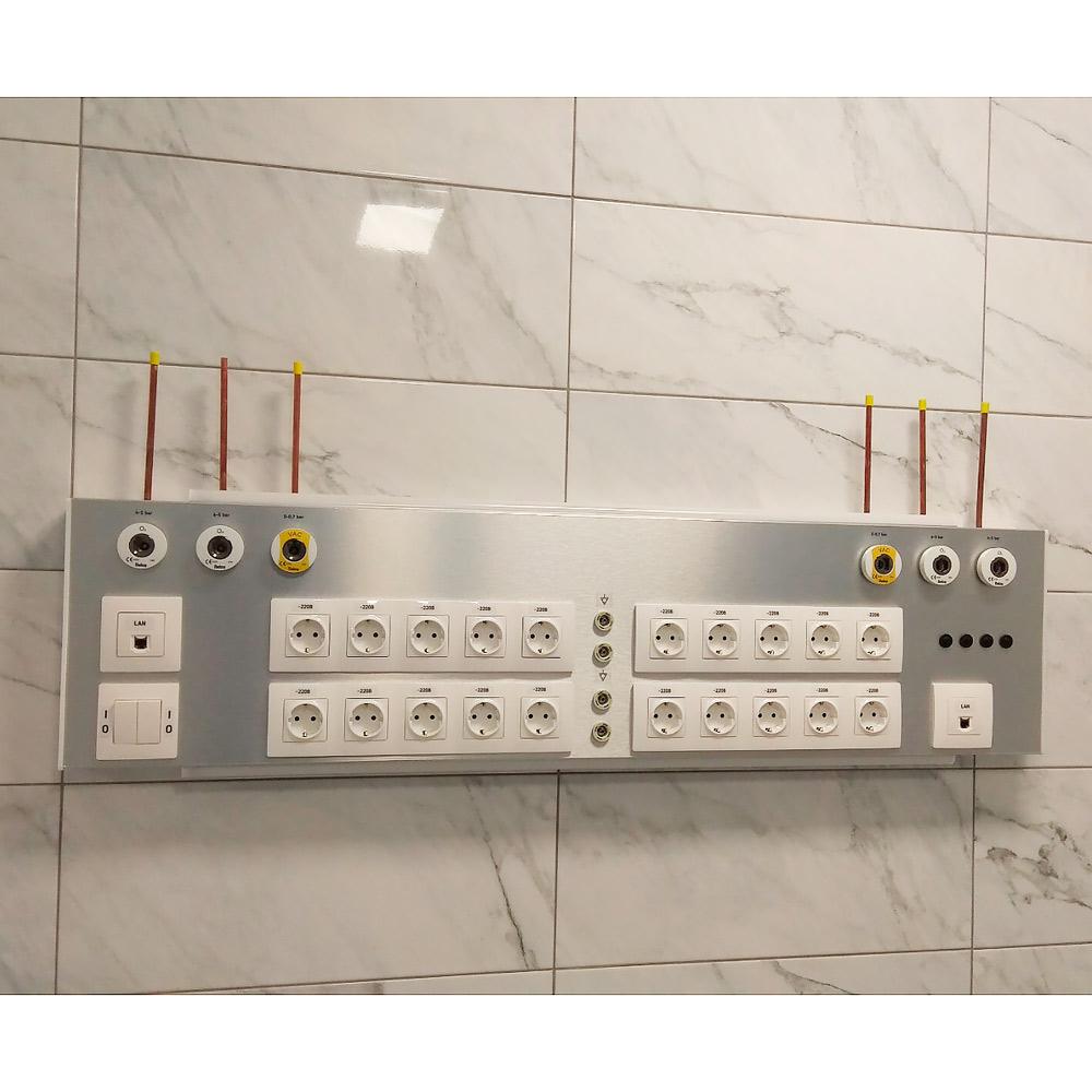 Панель прилiжкова унiверсальна Медфлоу-24, три секцii, настінна